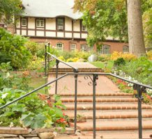 Accidental innkeepers' success