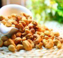 Never eschew a nutrient-packed cashew
