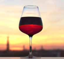 Study says limit alcohol to one drink a day