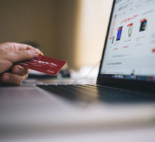 Virtual credit card numbers cut fraud risk