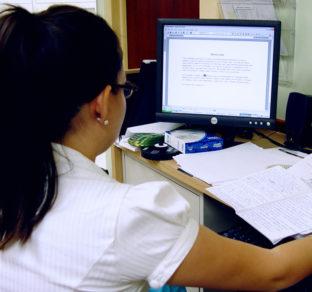 Medical scribes let doctors focus on you