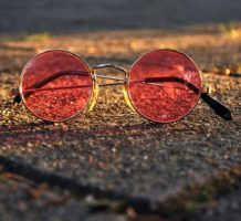 Study suggests red light improves vision