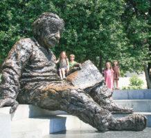 See lesser-known Washington memorials