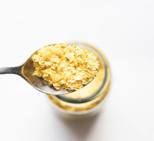 The many benefits and uses of nutritional yeast